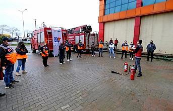 Giresun Belediyesi İtfaiyesi AFAD gönüllülerine yangın eğitimi verdi