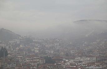 Kastamonu'da sis ve toz bulutu etkili oluyor