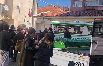 Kovid-19 nedeniyle gebeliği sonlandırılan ve hayatını kaybeden genç kadının cenazesi Zonguldak'ta defnedildi