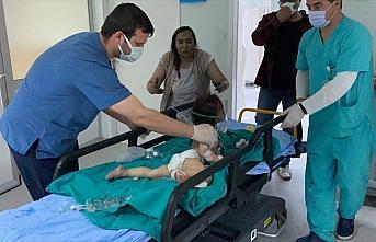 Minik Zeynep'i yangından öğretmen komşu kurtardı