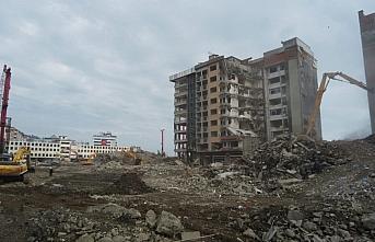 Rize'de kentsel dönüşüm kapsamında Belediye Blokları'nın...