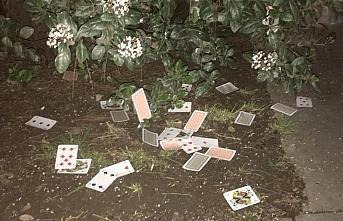Samsun'da evde kumar oynayan ve Kovid-19 tedbirlerini...