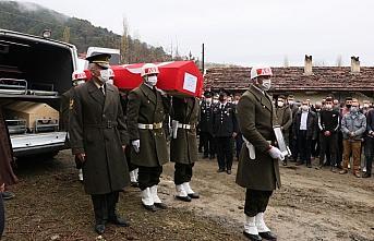 Şehit Uzman Çavuş Aygün Çakar'ın cenazesi Samsun'da toprağa verildi