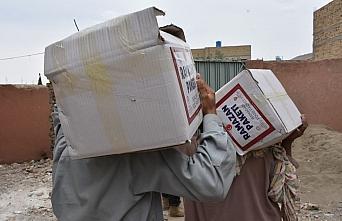 TDV Pakistan'da hayırseverlerin yardımıyla mazlumların yüzünü güldürdü