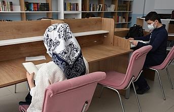 Trabzon'da din kültürü ve ahlak bilgisi öğretmeni 13 ülkeden öğrenciyi internet ortamında buluşturdu