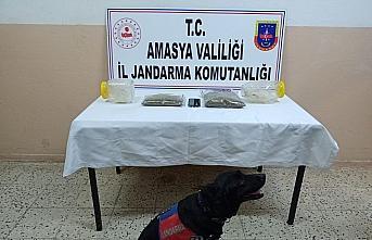 Amasya'da düzenlenen operasyonda 1 kilogram uyuşturucu ele geçirildi