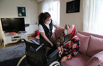Bedensel engelli anne, kızını tek başına büyütüp...
