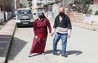 Bedensel engelli çift hayatın zorluklarına birlikte...