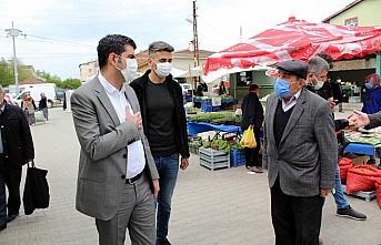 Eflani Kaymakamı İbrahim Şenkon, semt pazarını denetledi