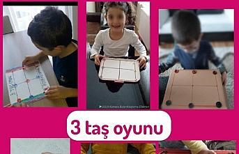 Ereğli'de atık malzemelerden akıl oyunları yapan öğrenciler eğlenerek öğreniyor
