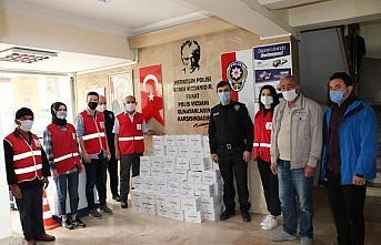 Havza'da Türk Kızılay Temsilciliği 1200 hijyen seti dağıttı