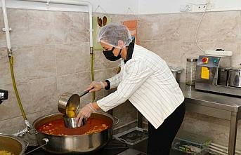 Safranbolu Belediyesi ihtiyaç sahiplerine her gün...