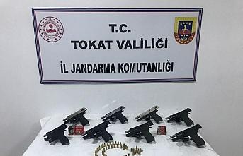 Tokat'ta silah kaçakçılığı operasyonunda bir...