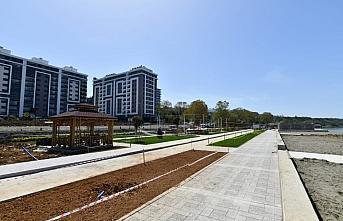 Trabzon'da yeni yapılan Yalıncak plajında çalışmalar...