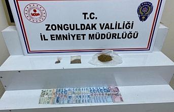 Zonguldak'ta uyuşturucu operasyonunda yakalanan 2 şüpheli tutuklandı