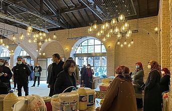 Ladik Belediyesi tarafından yaptırılan yöresel ürünler pazarı açıldı