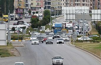Çorum'da Kurban Bayramı tatili dönüşü dolayısıyla trafik yoğunluğu yaşanıyor