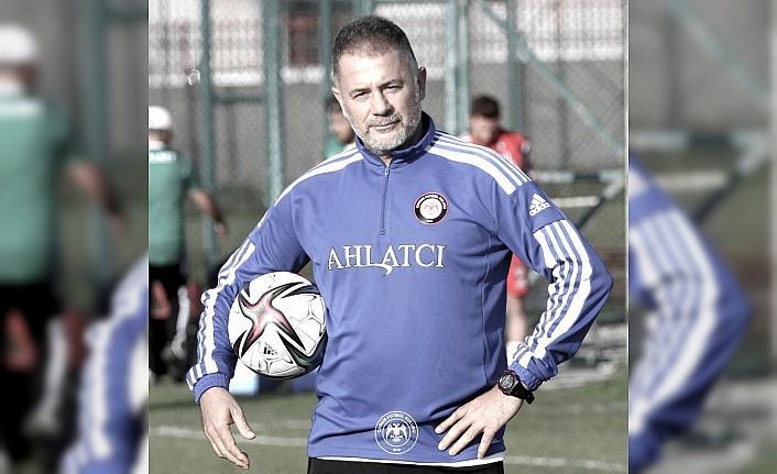 Çorum FK yardımcı antrenörü Üstüner Kovid-19 nedeniyle hayatını kaybetti