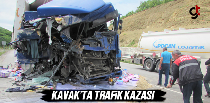 Kavak'ta Trafik Kazası
