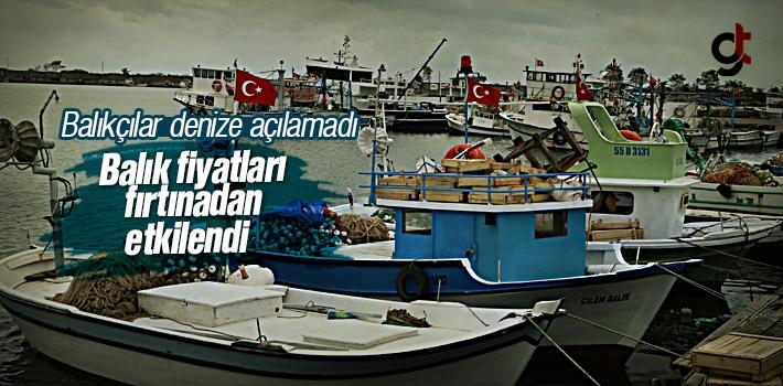 Samsun'da Etkili Olan Fırtına Balık Fiyatlarını...