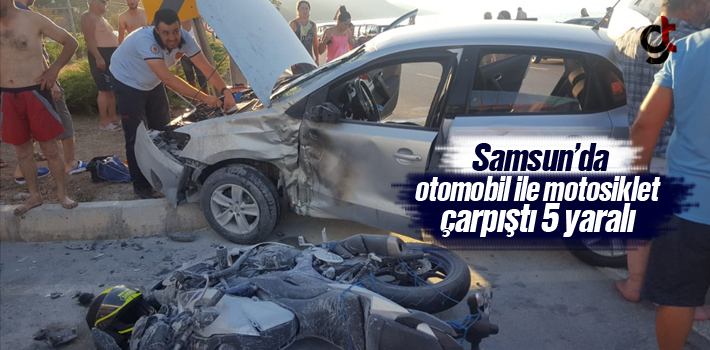 Samsun'da Otomobil İle Motosiklet Çarpıştı:5...