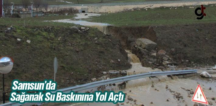 Samsun'da Sağanak Su Baskınına Yol Açtı